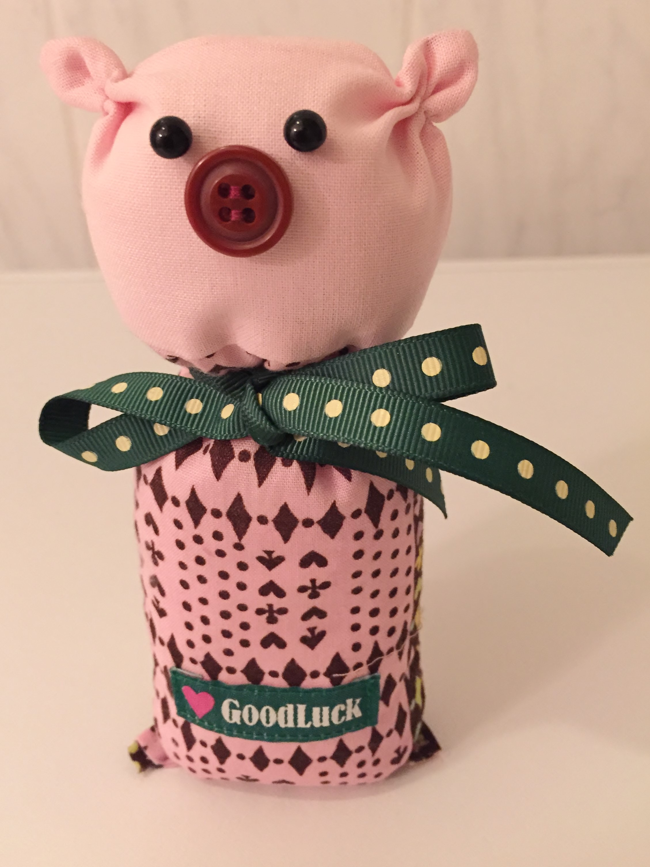 Nähanleitung: Glücksschwein als Glücksbringer nähen