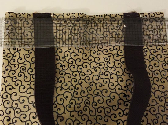 Henkel auf Tasche abmessen (800x594)