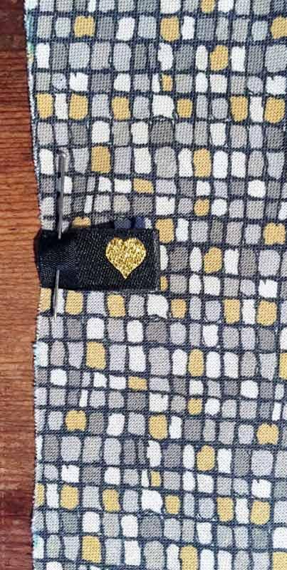 Kostenlose Anleitung: Krawatte nähen | Der namensbaender.de Kreativ-Blog