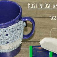 Kostenlose Anleitung: Gehäkelter Tassenwärmer in Blau