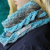 Kostenlose Anleitung: Loopschal für Damen stricken